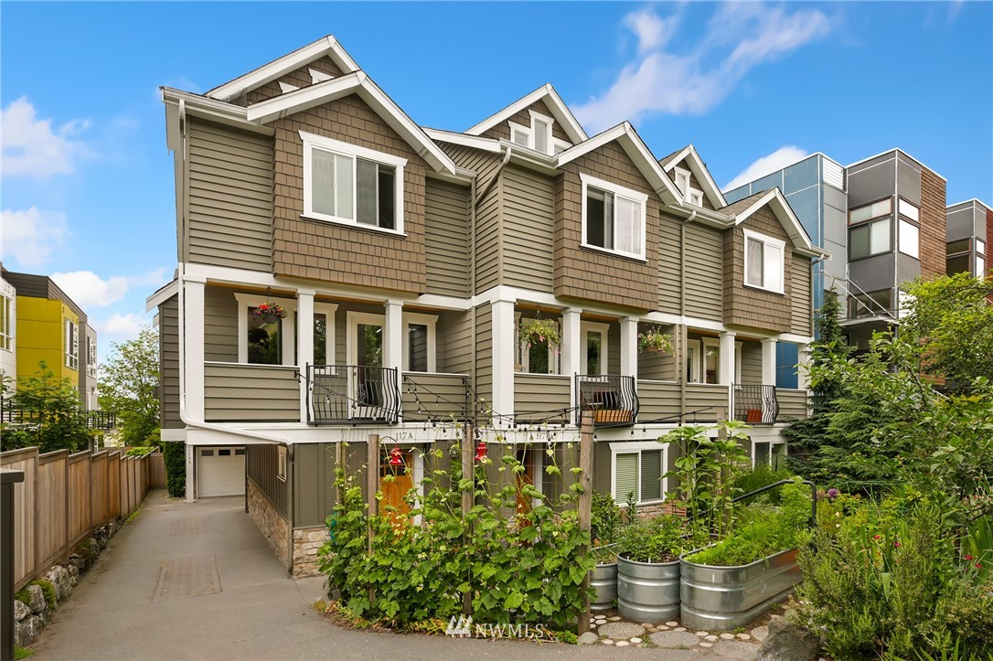 Sold Property | 117 17th Avenue #A Seattle, WA 98122 0