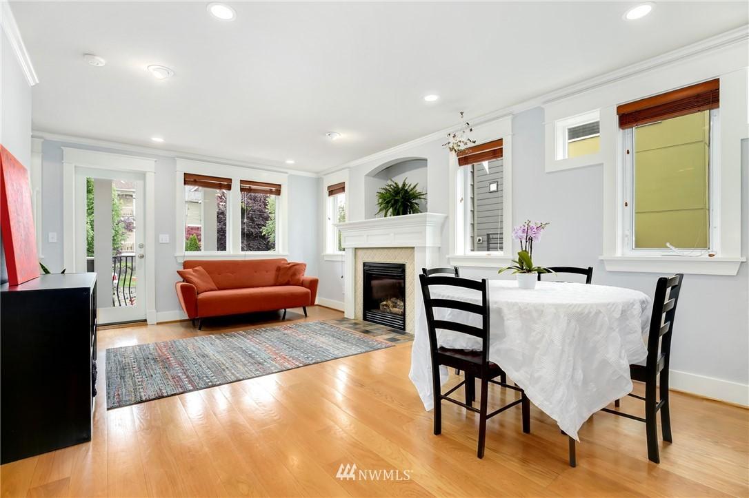 Sold Property | 117 17th Avenue #A Seattle, WA 98122 6
