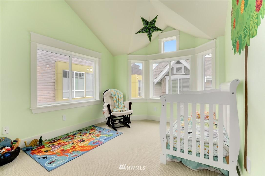 Sold Property | 117 17th Avenue #A Seattle, WA 98122 9