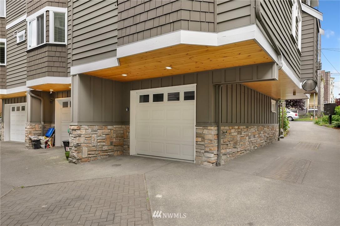 Sold Property | 117 17th Avenue #A Seattle, WA 98122 19