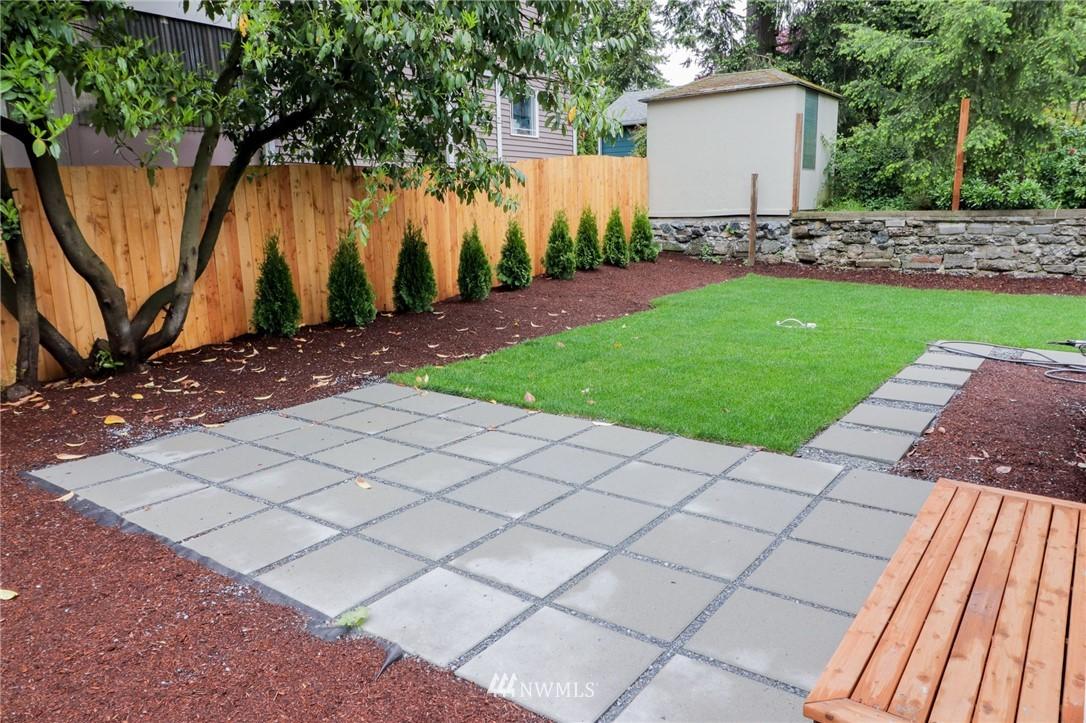 Sold Property | 819 NE 125th Street Seattle, WA 98125 14