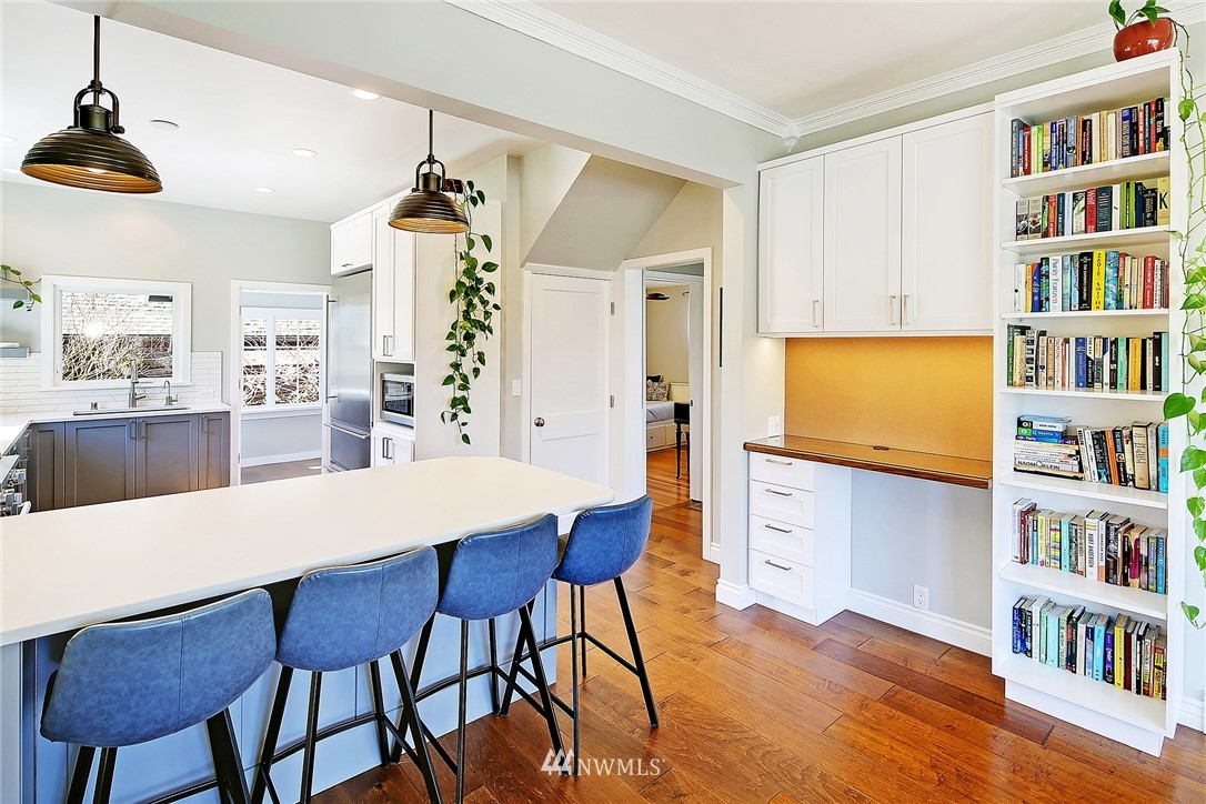 Sold Property   1202 NW 70th Street Seattle, WA 98117 7