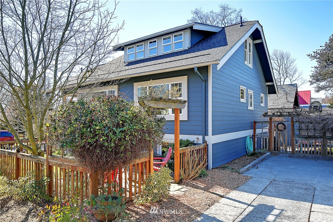 Sold Property   1202 NW 70th Street Seattle, WA 98117 19