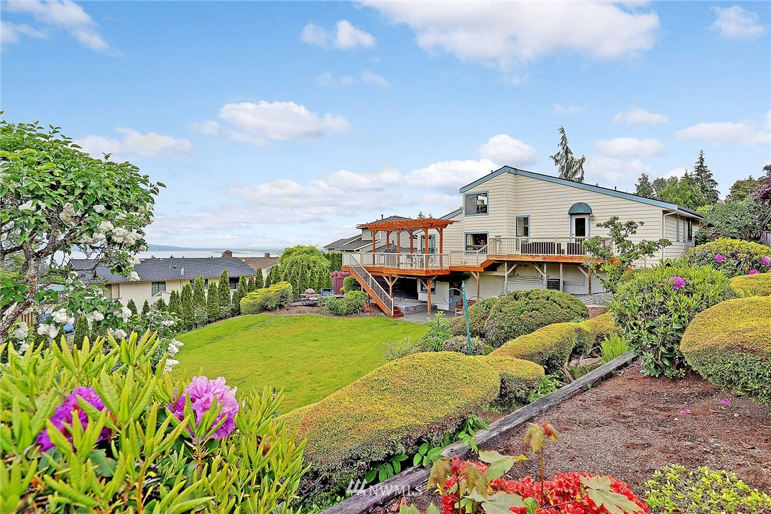 Sold Property   5102 23rd Avenue W Everett, WA 98203 23