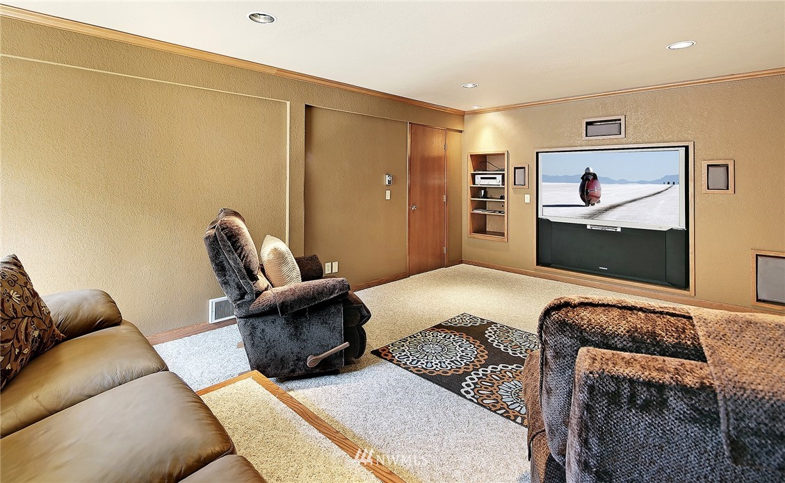 Sold Property | 9322 45th Avenue W Mukilteo, WA 98275 19