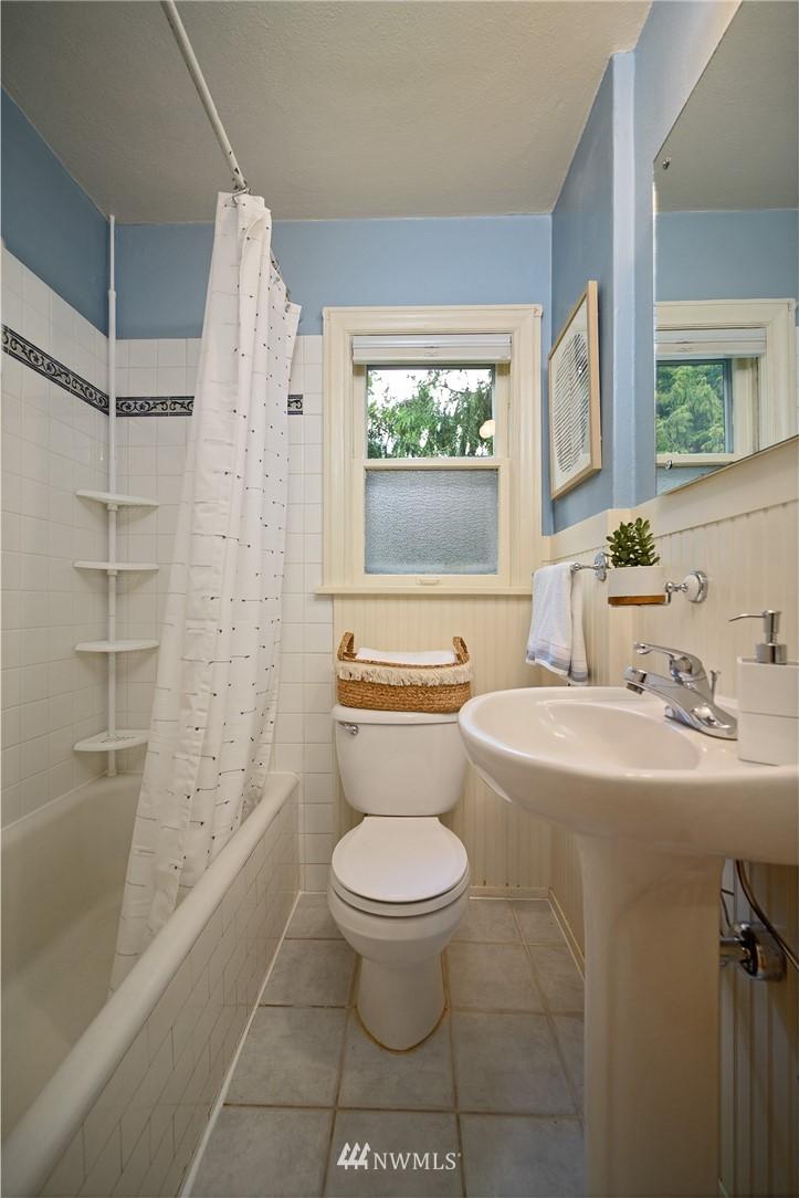 Sold Property | 3032 NE 91st Street Seattle, WA 98115 18