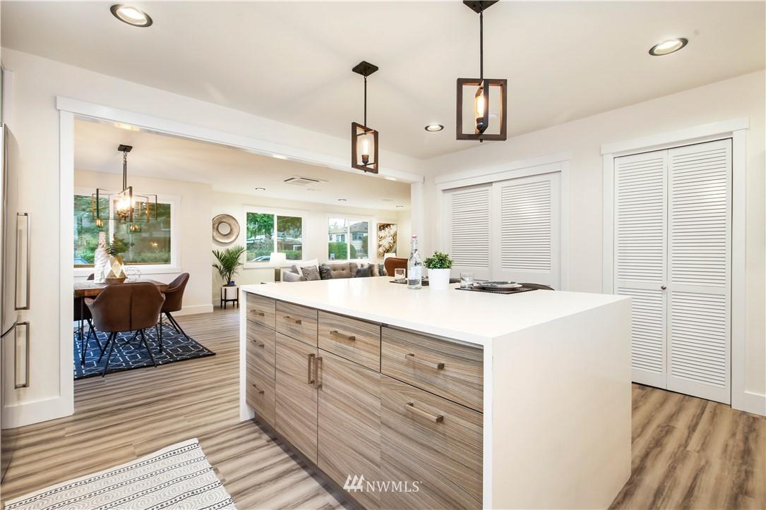 Sold Property   2014 NE 107th Street Seattle, WA 98125 7