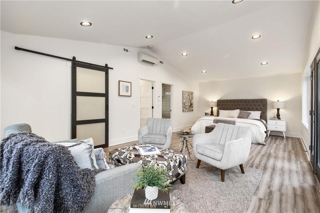 Sold Property   2014 NE 107th Street Seattle, WA 98125 12