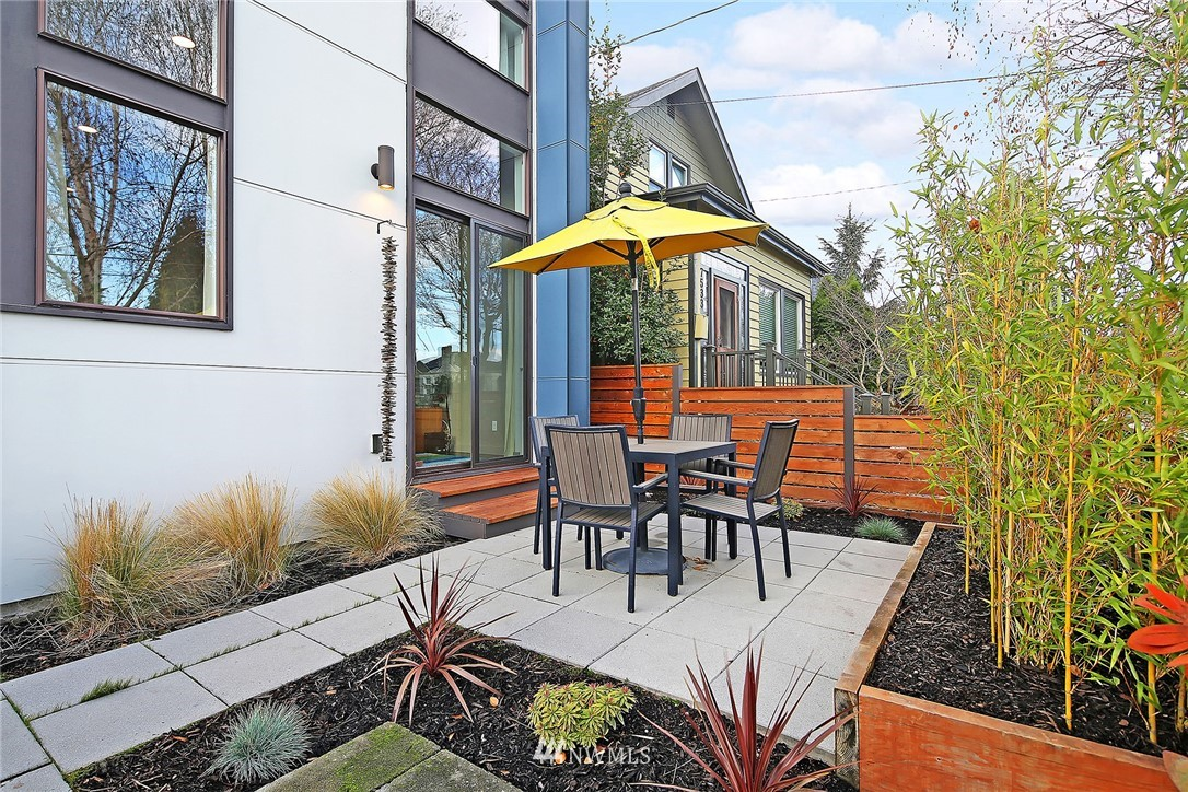 Sold Property   7531 9th Avenue NW Seattle, WA 98117 1