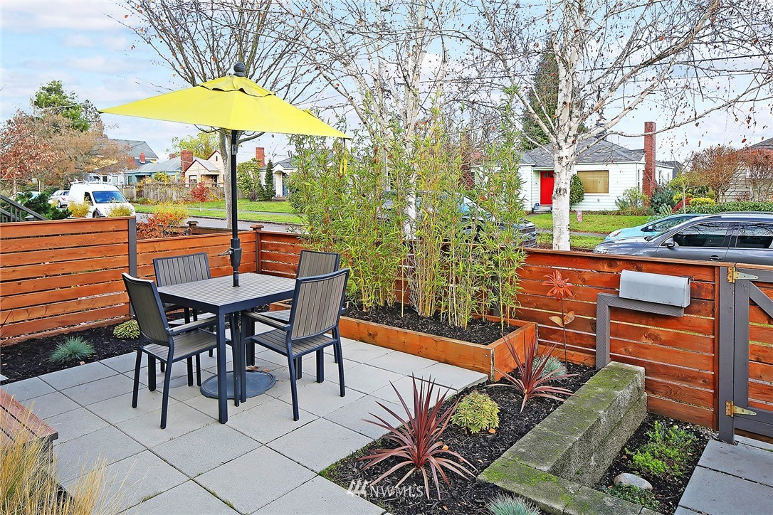 Sold Property   7531 9th Avenue NW Seattle, WA 98117 2
