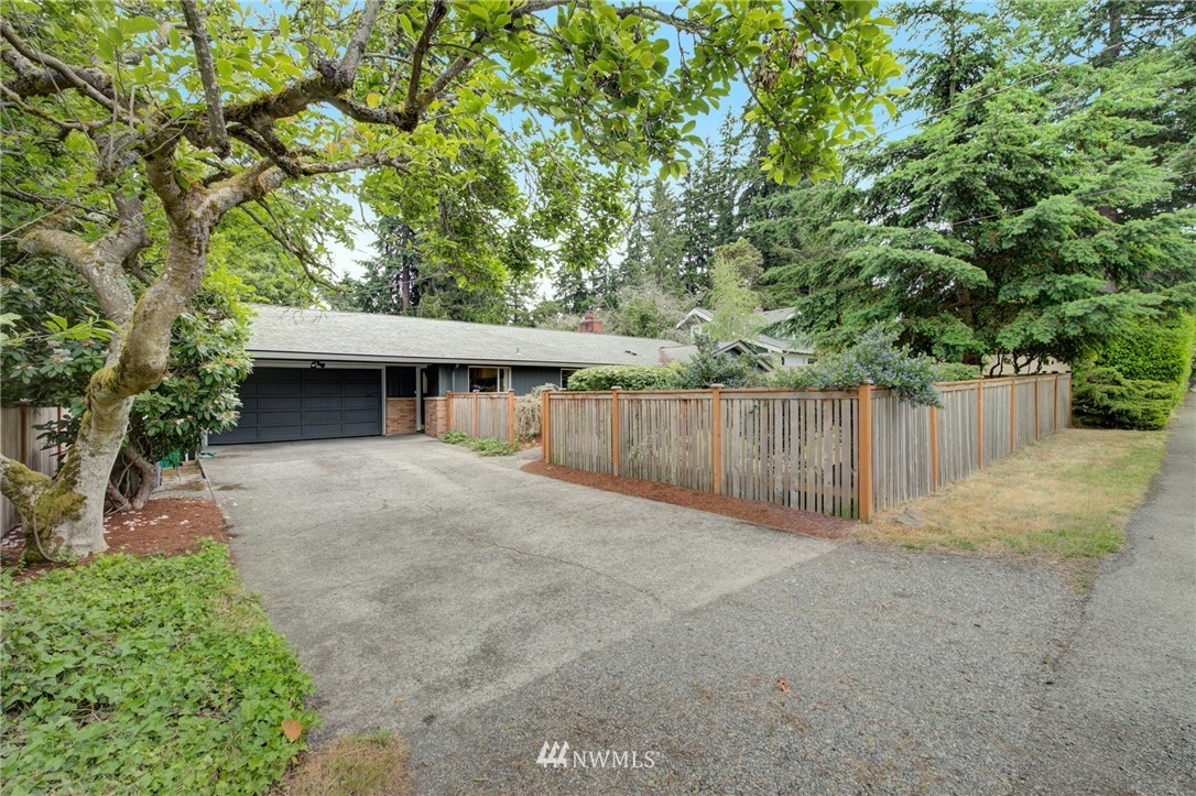 Sold Property | 15714 Greenwood Avenue N Shoreline, WA 98133 1