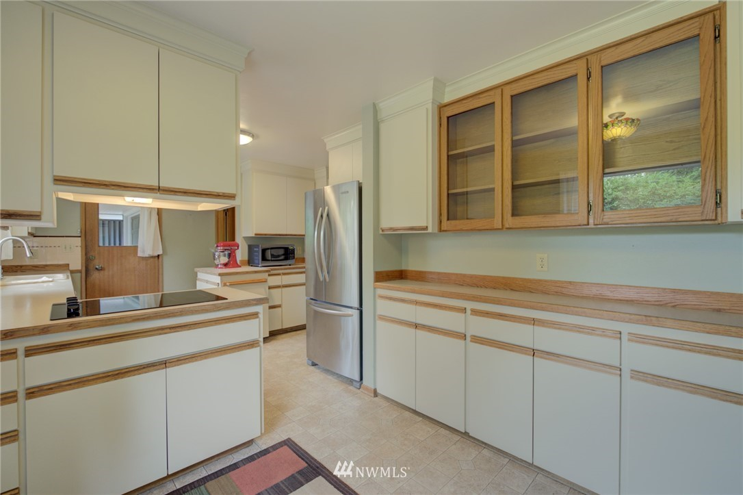 Sold Property | 15714 Greenwood Avenue N Shoreline, WA 98133 7