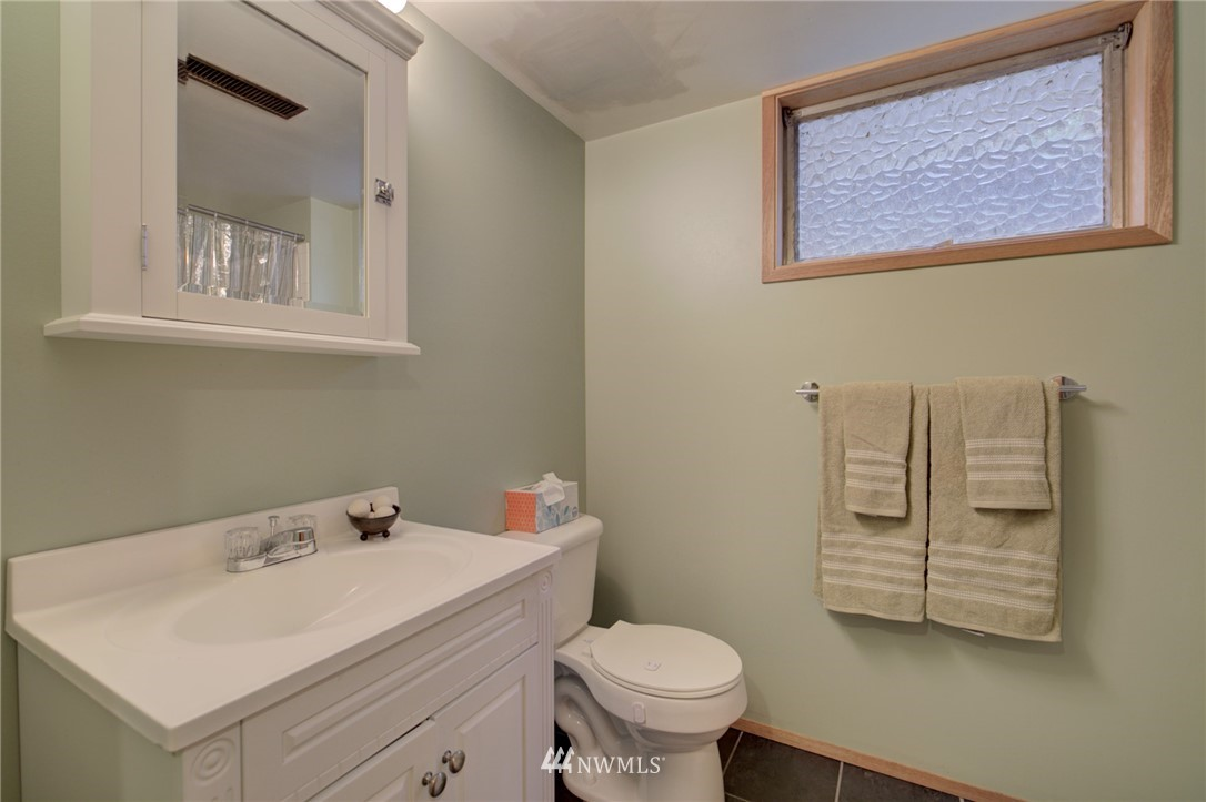 Sold Property | 15714 Greenwood Avenue N Shoreline, WA 98133 16