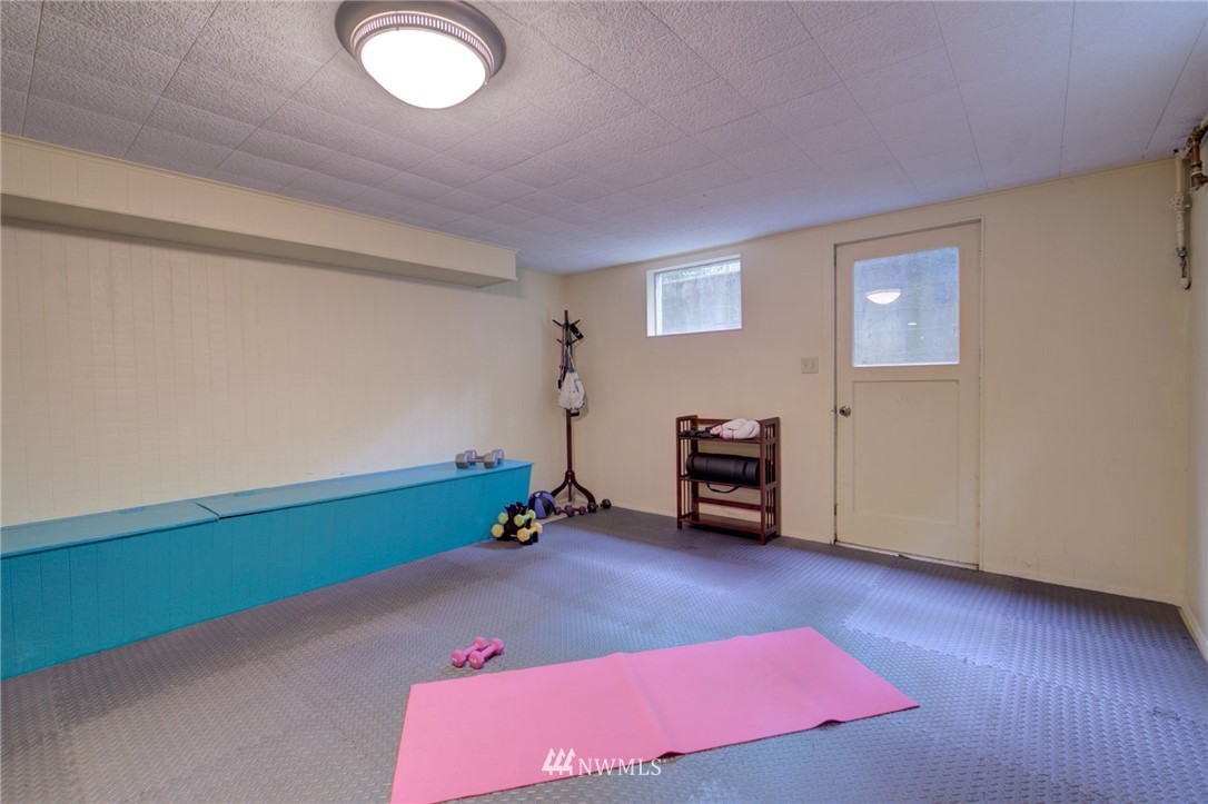 Sold Property | 15714 Greenwood Avenue N Shoreline, WA 98133 17