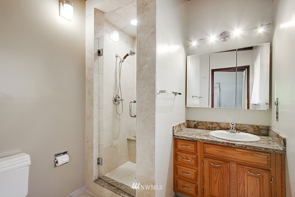 Sold Property | 19646 65th Avenue NE Kenmore, WA 98028 10