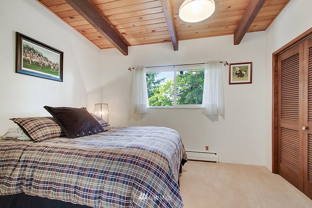 Sold Property | 19646 65th Avenue NE Kenmore, WA 98028 11