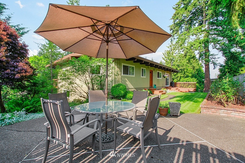 Sold Property | 19646 65th Avenue NE Kenmore, WA 98028 21