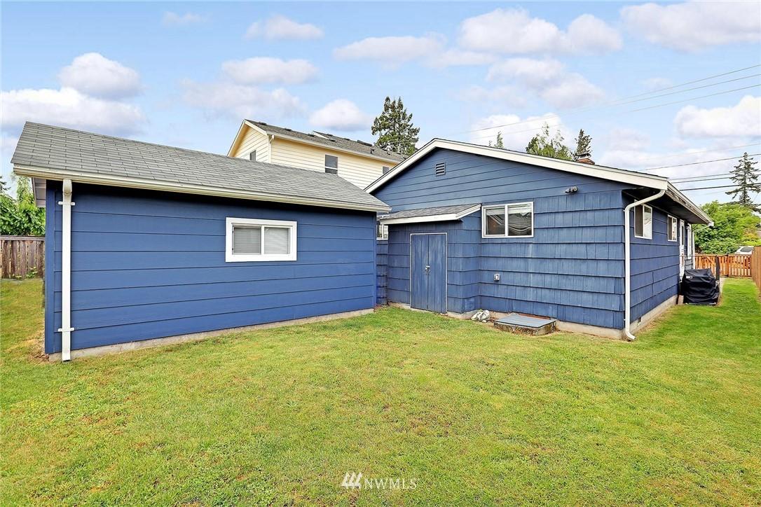 Sold Property   721 N 104th Street Seattle, WA 98133 14