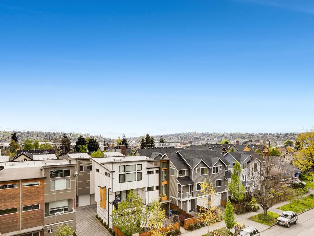 Sold Property | 810 NW 53rd Street Seattle, WA 98107 15