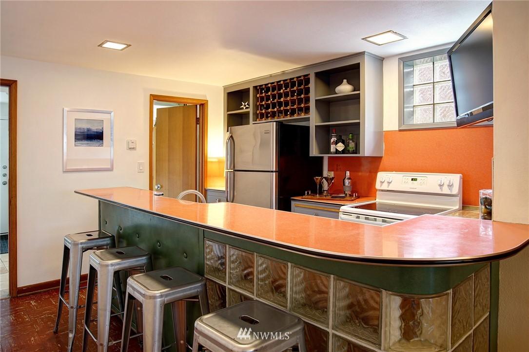 Sold Property   2316 S Spokane Street Seattle, WA 98144 10