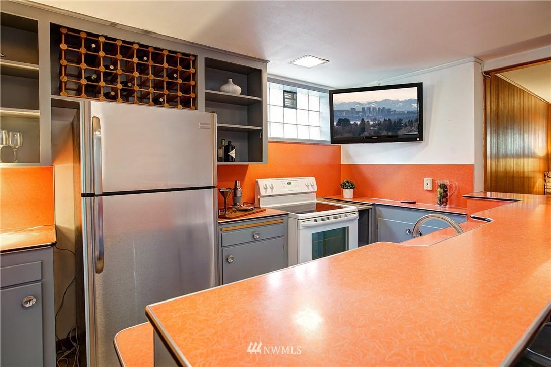 Sold Property   2316 S Spokane Street Seattle, WA 98144 11