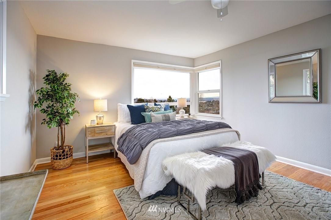 Sold Property   2316 S Spokane Street Seattle, WA 98144 14