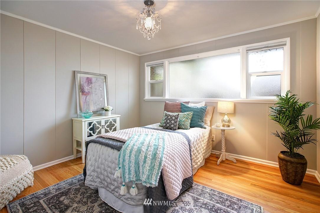 Sold Property   2316 S Spokane Street Seattle, WA 98144 15