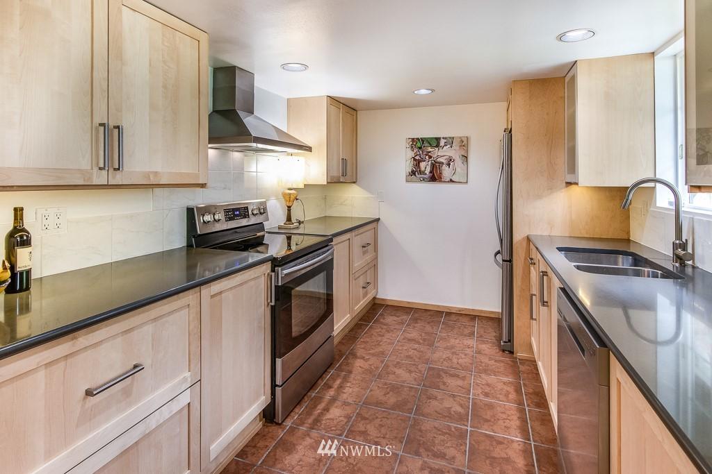 Sold Property | 1118 NE 198th Street Shoreline, WA 98155 7