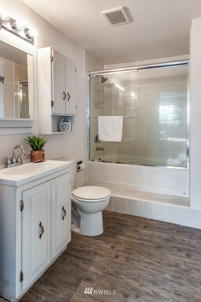 Sold Property | 1118 NE 198th Street Shoreline, WA 98155 16