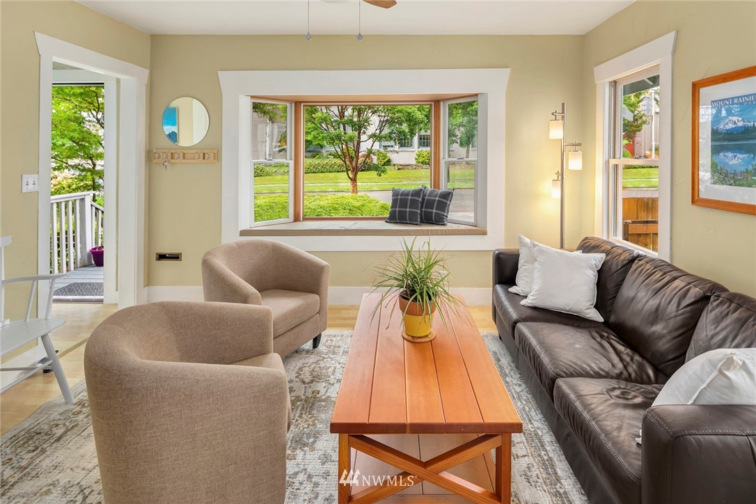 Sold Property   3521 S Ferdinand Street Seattle, WA 98118 3