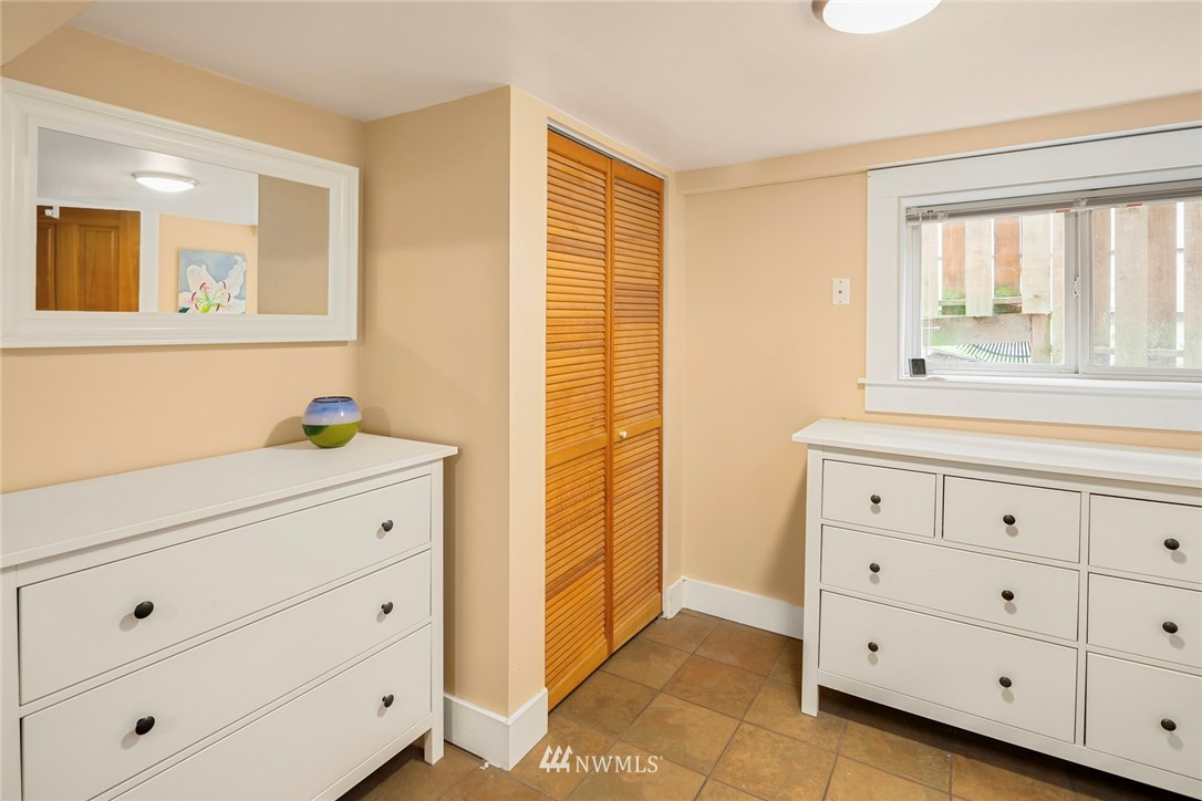 Sold Property   3521 S Ferdinand Street Seattle, WA 98118 13