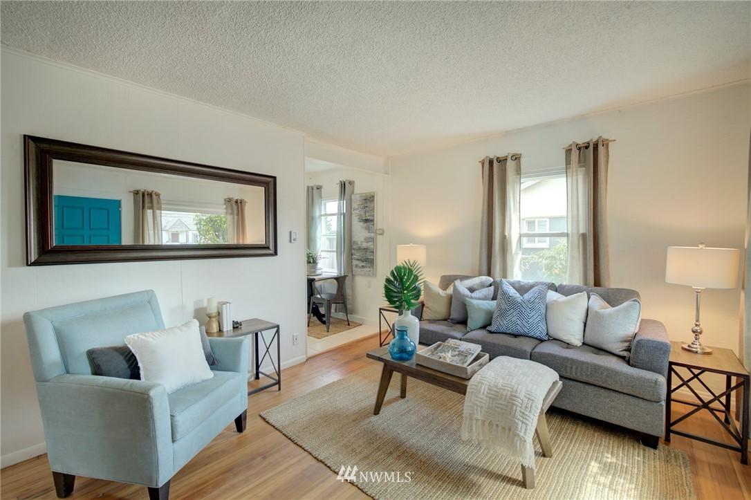 Sold Property | 1208 S 116th Street Seattle, WA 98168 3
