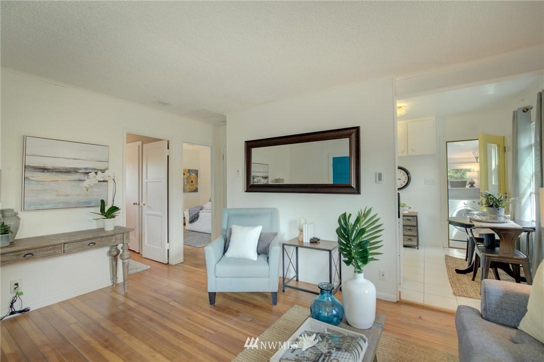 Sold Property | 1208 S 116th Street Seattle, WA 98168 5