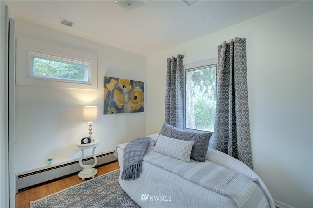 Sold Property | 1208 S 116th Street Seattle, WA 98168 10