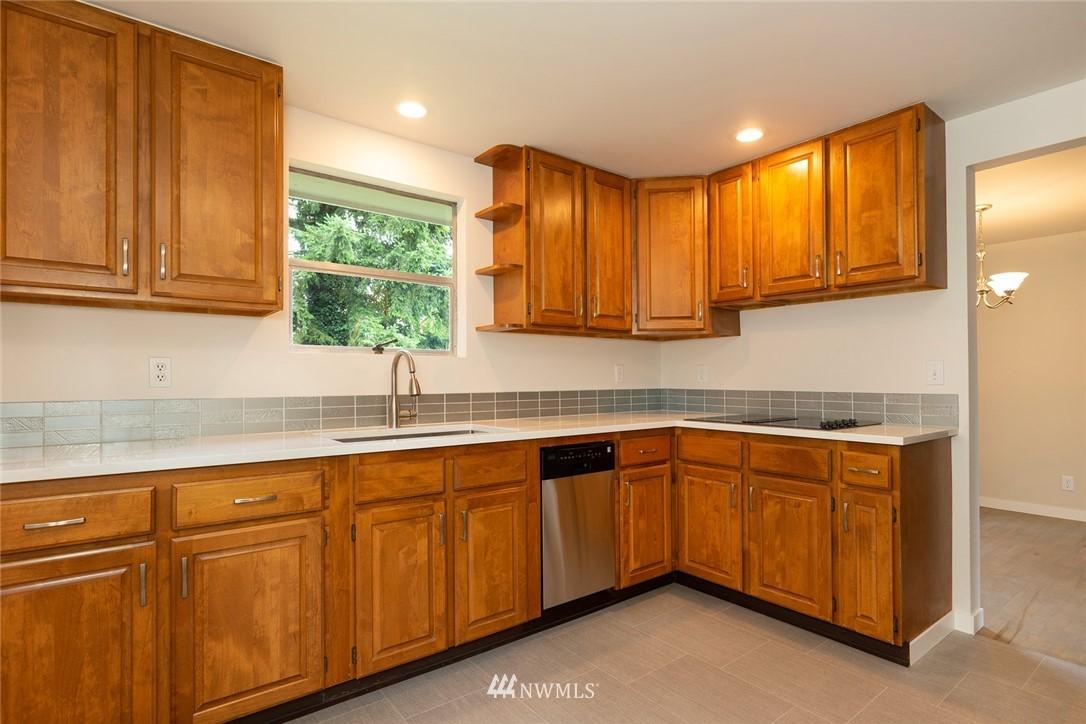 Sold Property | 813 NE 151st Street Shoreline, WA 98155 3