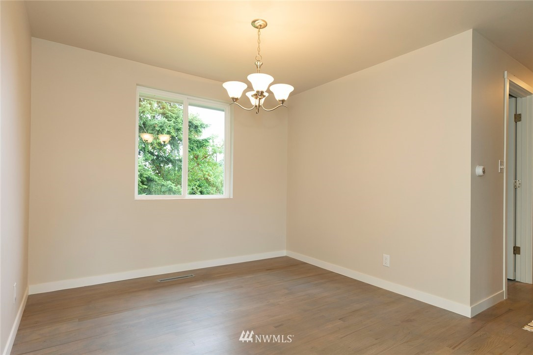 Sold Property | 813 NE 151st Street Shoreline, WA 98155 8