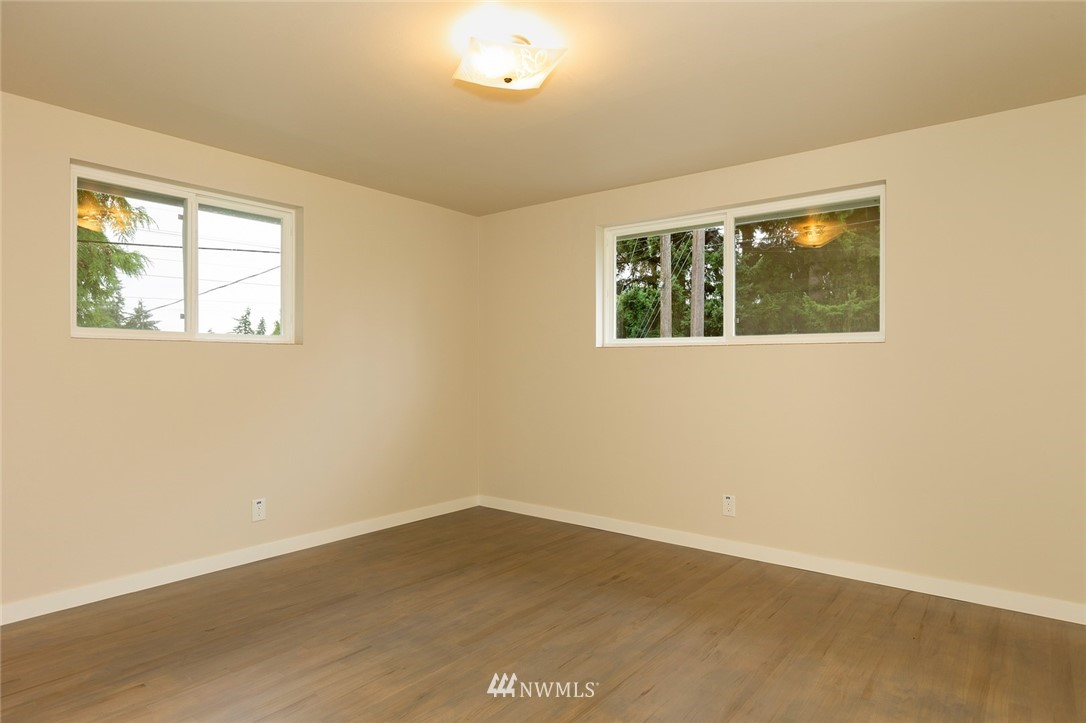 Sold Property | 813 NE 151st Street Shoreline, WA 98155 10
