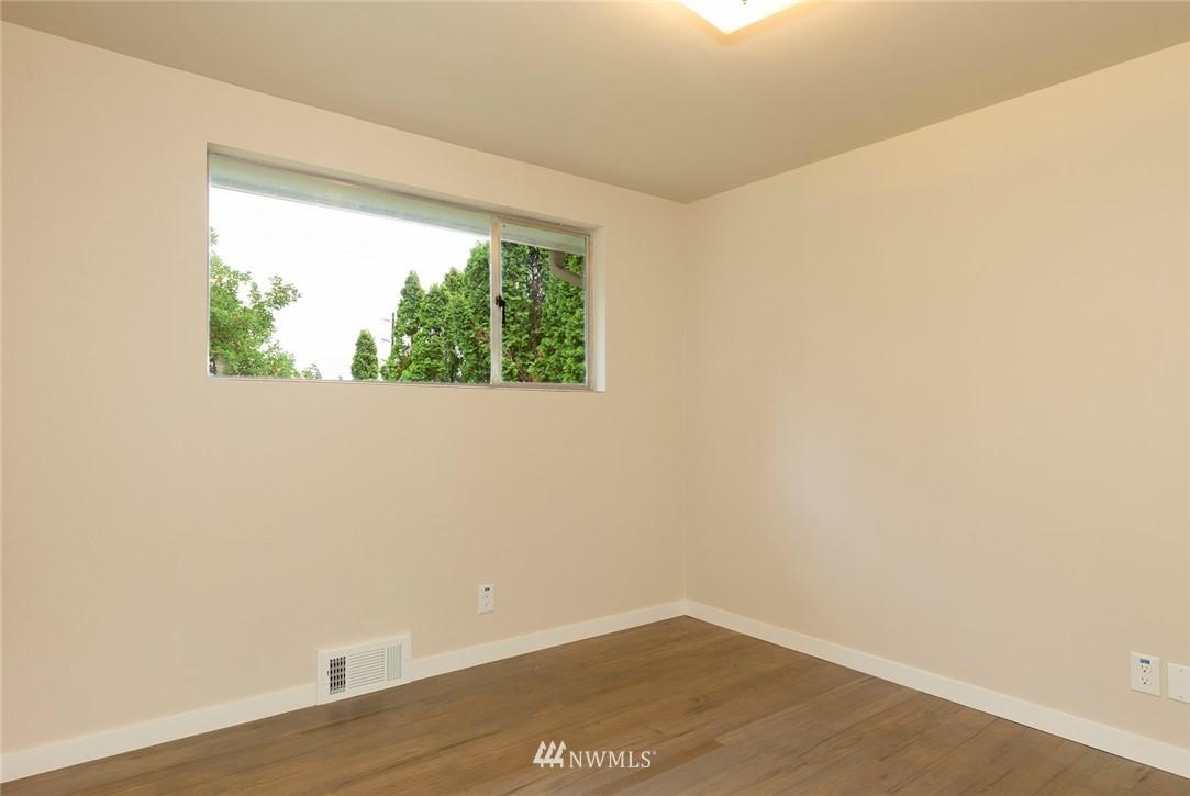 Sold Property | 813 NE 151st Street Shoreline, WA 98155 11