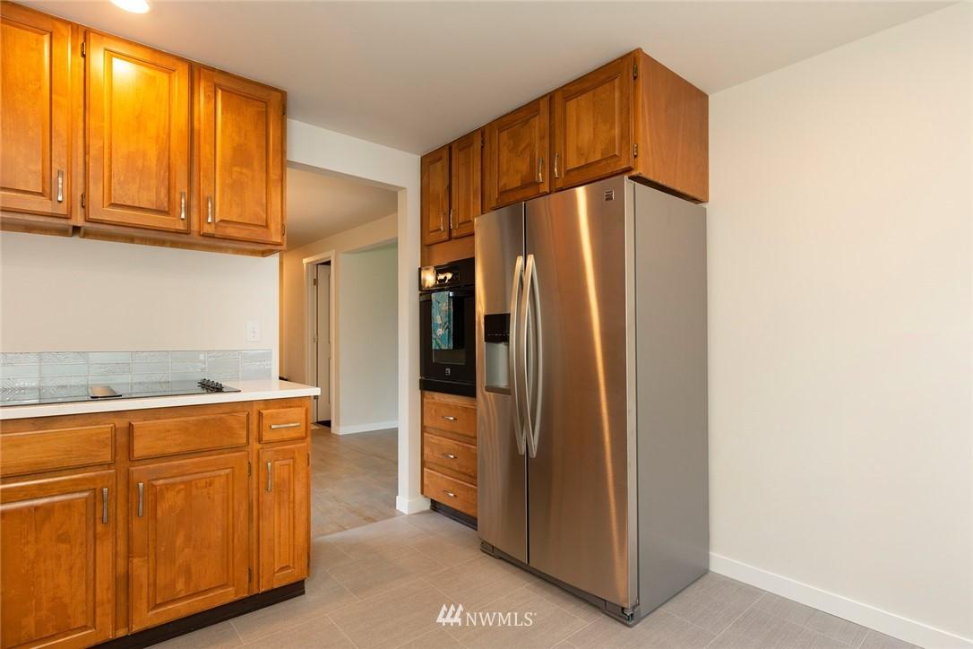 Sold Property | 813 NE 151st Street Shoreline, WA 98155 4