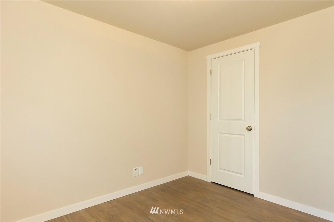 Sold Property | 813 NE 151st Street Shoreline, WA 98155 7