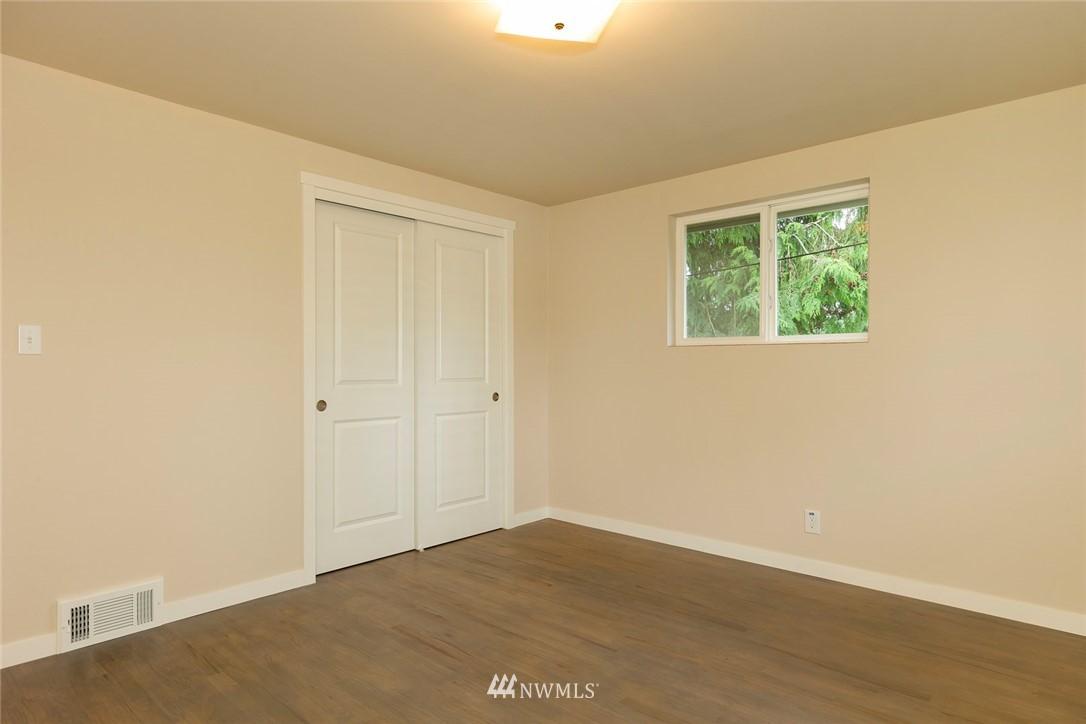 Sold Property | 813 NE 151st Street Shoreline, WA 98155 12