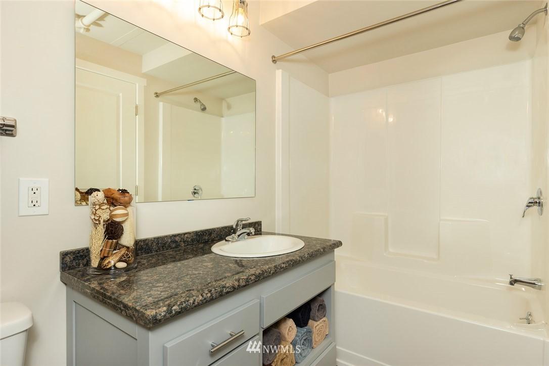 Sold Property | 813 NE 151st Street Shoreline, WA 98155 15