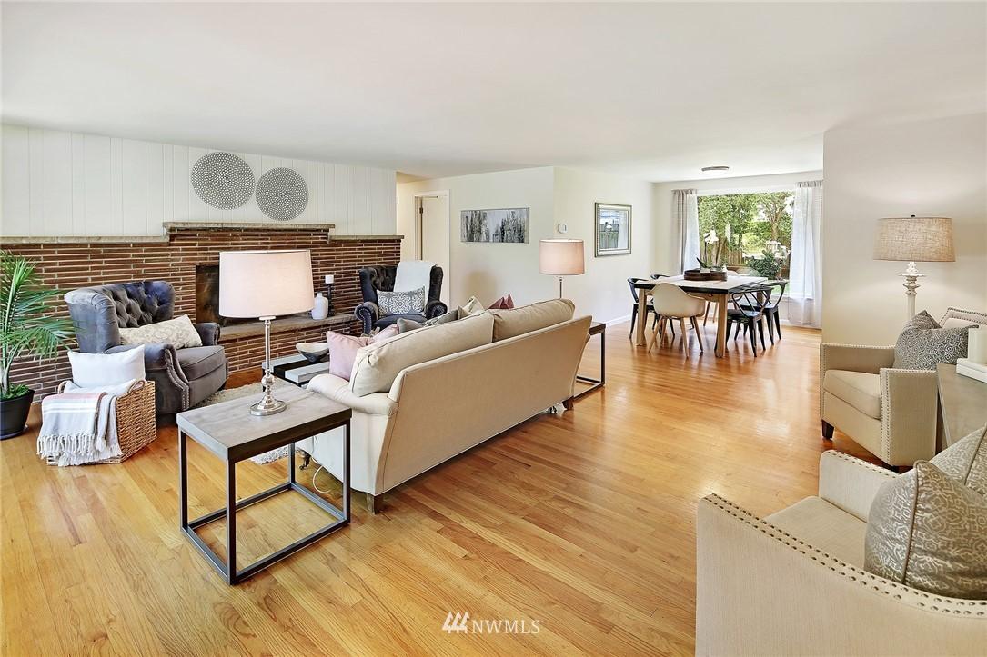Sold Property | 319 NW 203rd Street Shoreline, WA 98177 2