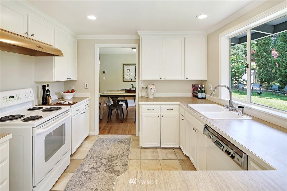 Sold Property | 319 NW 203rd Street Shoreline, WA 98177 9