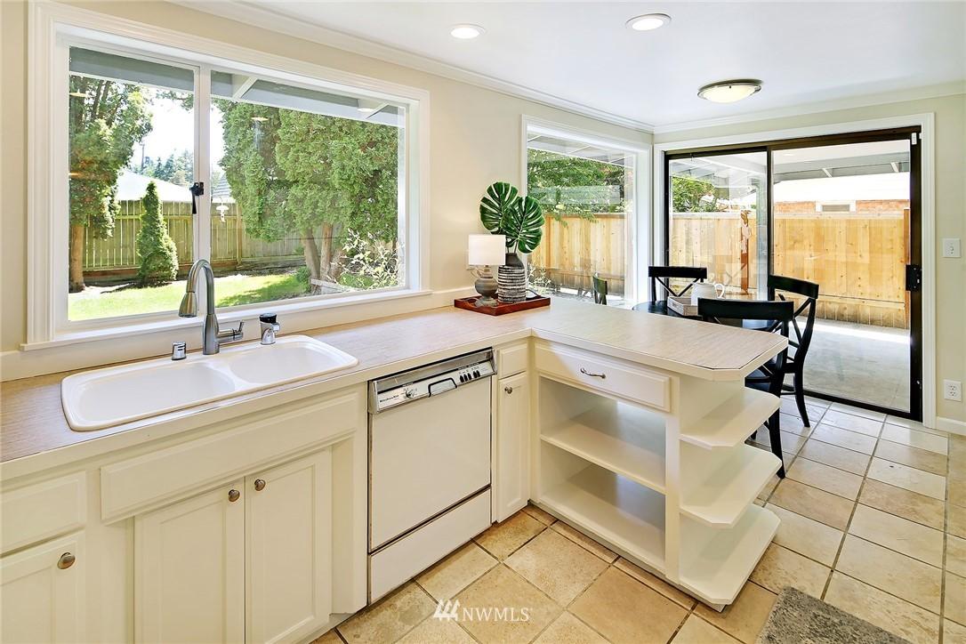 Sold Property | 319 NW 203rd Street Shoreline, WA 98177 10