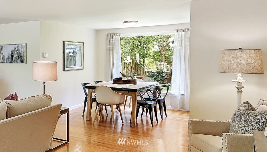 Sold Property | 319 NW 203rd Street Shoreline, WA 98177 7