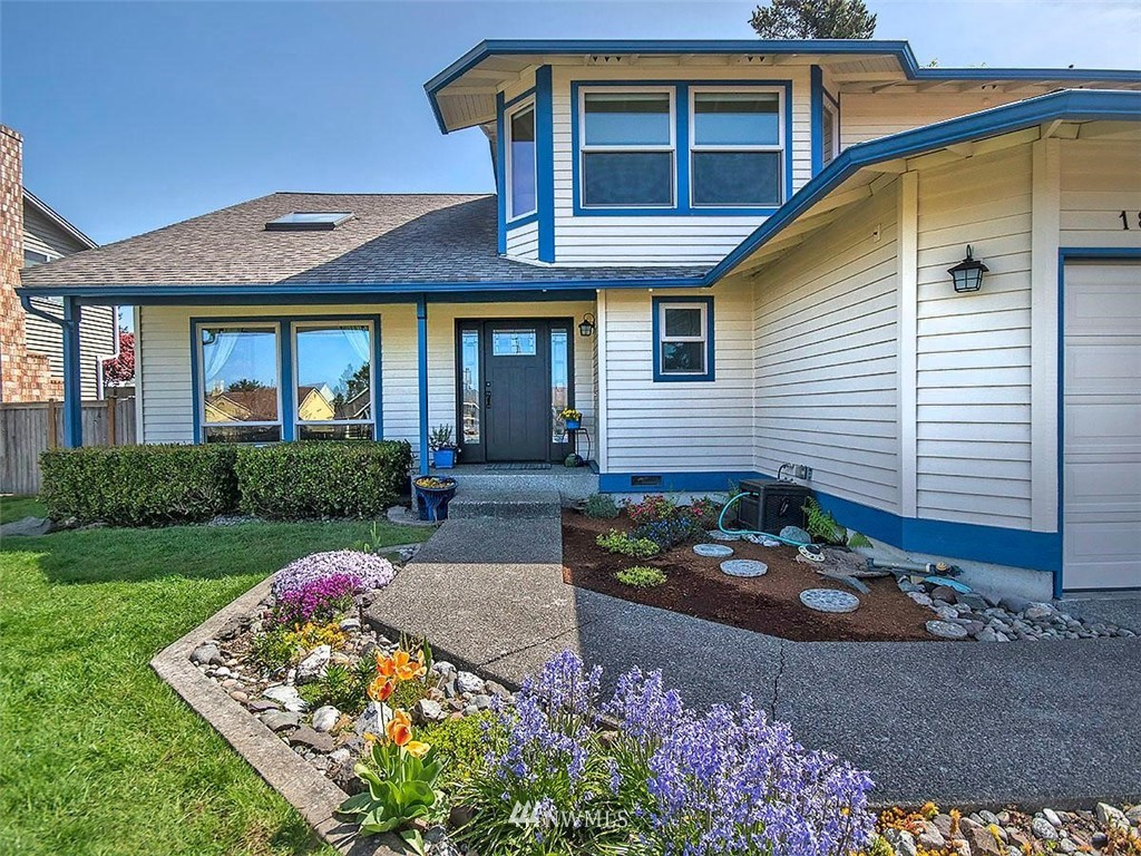 Sold Property | 18601 Blue Ridge Drive Lynnwood, WA 98037 2
