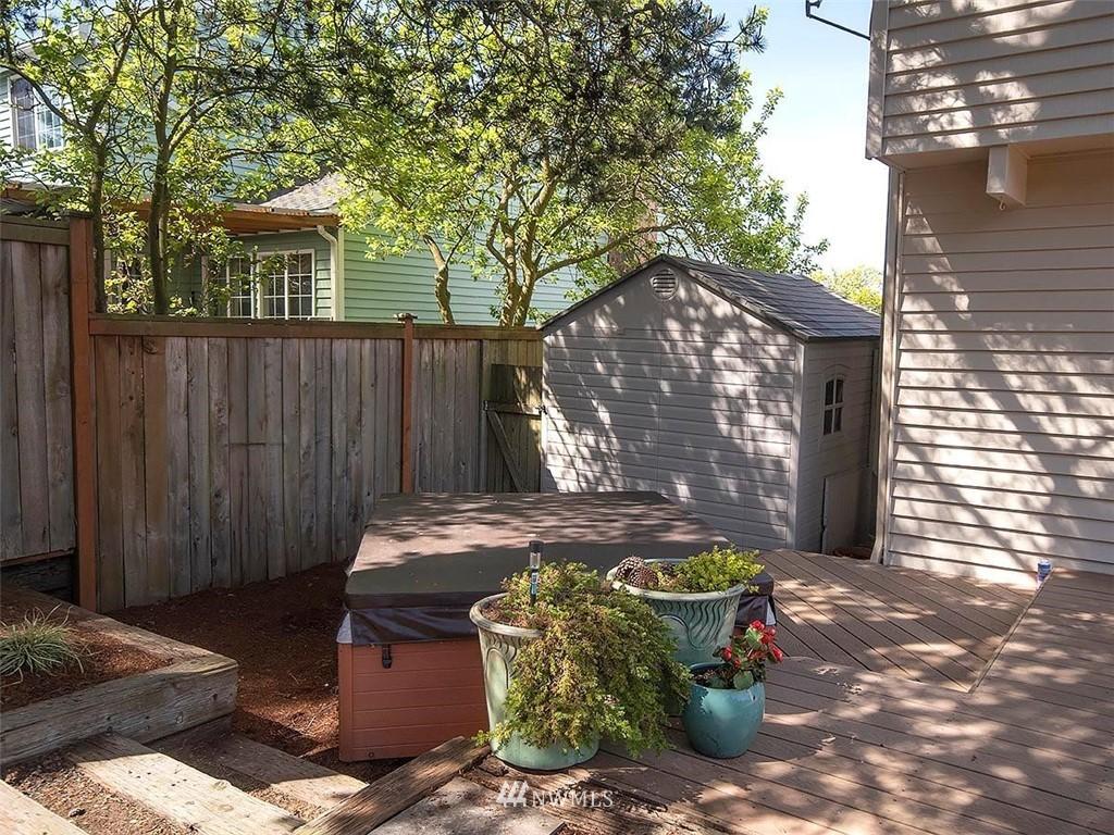 Sold Property | 18601 Blue Ridge Drive Lynnwood, WA 98037 4