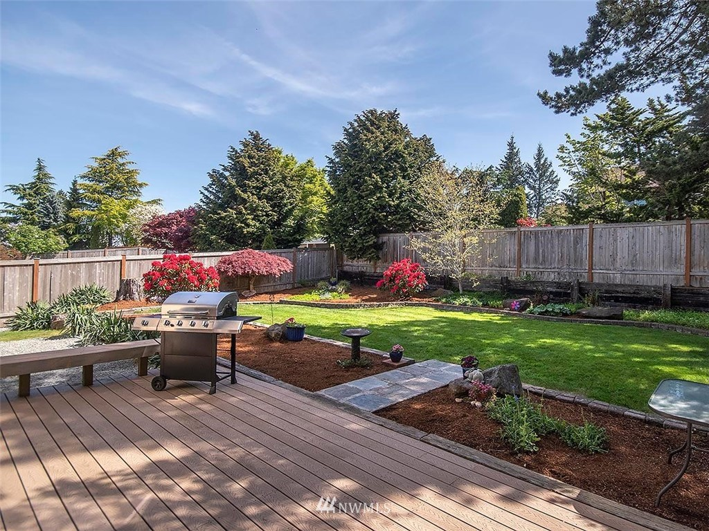 Sold Property | 18601 Blue Ridge Drive Lynnwood, WA 98037 5