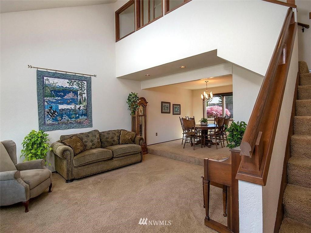 Sold Property | 18601 Blue Ridge Drive Lynnwood, WA 98037 9